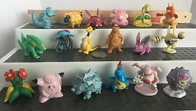 LOT 18  Pokemon Mini Figures      Nintendo Tomy    CGTSJ   Tony