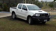 2013 Toyota Hilux Dual Cab only 7,300 km full of extras as new. Seymour Mitchell Area Preview