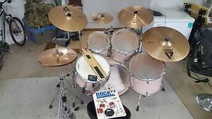Yamaha Tour Custom 5-Piece Fusion Drum kit with Cymbals Gaythorne Brisbane North West Preview