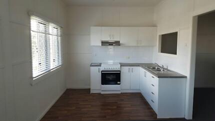 Woody Point Unit Small block 50m - water, parks. View now Woody Point Redcliffe Area Preview