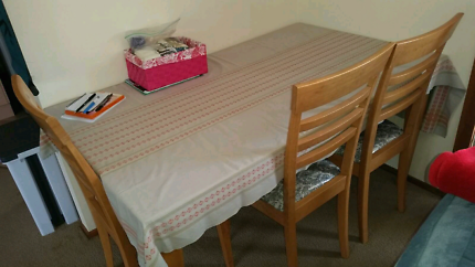 Dining Table 13000 Negotiable Port Macquarie