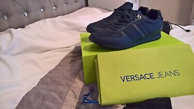 Mens brand new boxed versace trainers size 40 (uk 6) rrp£80