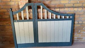 Gate set & side panels Jewells Lake Macquarie Area Preview