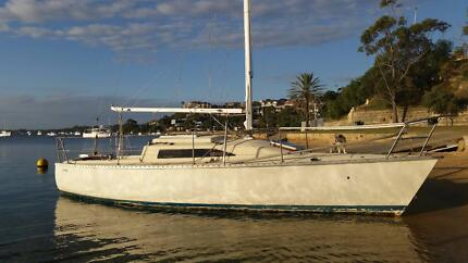 Shoal draft cruising yacht Bicton Melville Area Preview