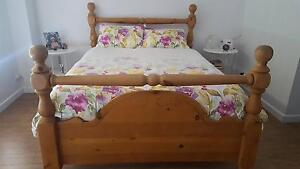 Pine queen size bed Broadview Port Adelaide Area Preview