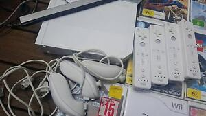 Wii console and games bundle Hope Valley Tea Tree Gully Area Preview