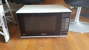 Pansonic inverter microwave Greenwood Joondalup Area Preview