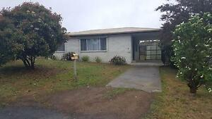 2 bedroom brick home, large fully fenced yard. Dodges Ferry Sorell Area Preview