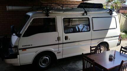 1998 Ford Econovan Van/Minivan