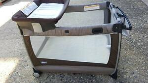 Chicco Luxury Portable Cot w/Change Station Chelmer Brisbane South West Preview