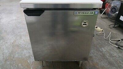 Beverage Air Spe27-711 Refrigerated Sandwich Food Prep Table Storage Cooler