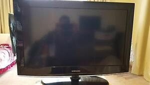 32 inch LCD Samsung tv for sale Bonner Gungahlin Area Preview