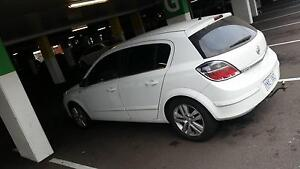 Sell or swap turbo deisel astra runs mint new tyres and service Berkeley Vale Wyong Area Preview