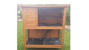 Wooden two storey guinea pig cage, food, little bed and supplies. Wattle Grove Kalamunda Area Preview