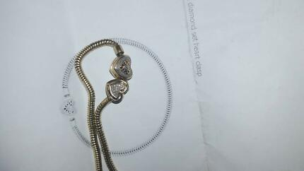10ct 19cm Yellow Gold Michael Hill Heart Bracelet with Heart Char Craigmore Playford Area Preview
