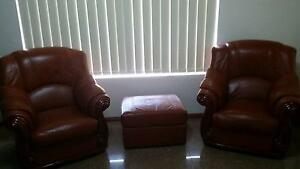 2 Brown Chairs and a Matching Ottoman For Sale Westminster Stirling Area Preview