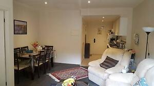 Spacious one-bedroom apartment walking distance to Monash Uni Notting Hill Monash Area Preview