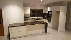 SIMPLY STUNNING, CUSTOM MADE 2-PACK KITCHEN Niddrie Moonee Valley Preview
