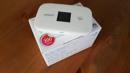 Huawei e5786 4G Mobile WiFi Hotspot Port Noarlunga Morphett Vale Area Preview