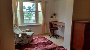 Room for rent Cheltenham Charles Sturt Area Preview
