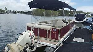 2009 7.9m Runaway bay pontoon boat 115hp Coomera Gold Coast North Preview