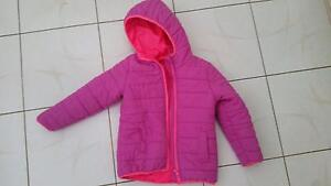 Girls padded jacket/ ski jacket size 6 Scarborough Stirling Area Preview
