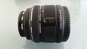 Olympus micro 14 - 42mm f3.5 - f5.6 lense Kenwick Gosnells Area Preview