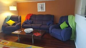 Lazy Boy Lounge Suite Blue Cordeaux Heights Wollongong Area Preview