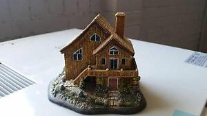 "Old Style ""Chalet"" House Ornament, Great Condition Rutherford Maitland Area Preview"