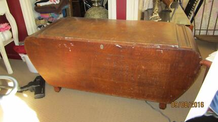 Antique Silky Oak Blanket Box With Rounded Sides