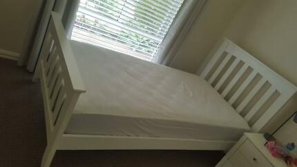 2 white king size wooden bed frames in good condition