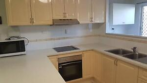 2 Bedroom Unit to Rent Townsville Townsville City Preview
