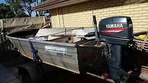 12ft Tinny with 25 Yamaha outboard Gosnells Gosnells Area Preview