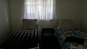 ROOM TO RENT HOLIDAY RENTAL $300 PER WEEK. Bungalow Cairns City Preview