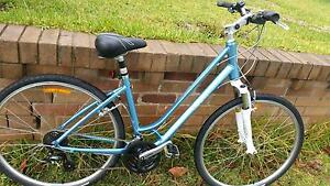Giant Ladies Bike - Cypress DX W - Like New Mortdale Hurstville Area Preview