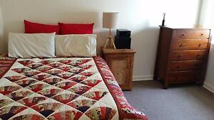 **LADIES ONLY - 1 Huge Room in Art Deco APT in Caulfield** Caulfield South Glen Eira Area Preview