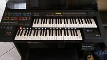 Yamaha HS8 Organ. Includes Sound Pack and Disk Recorder Woongarrah Wyong Area Preview