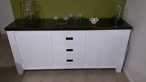 Solid Timber Buffet Cambridge Park Penrith Area Preview