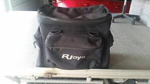 R-Jays expandable rack bag Branxton Singleton Area Preview