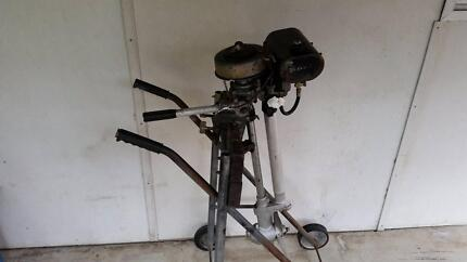 vintage antique collectable 4hp british seagull outboard motor