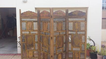 CARVED 4 PANEL ROOM DIVIDER / PRIVACY SCREEN, GC!