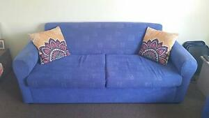 2 x 2.5 Seater Couches Gumdale Brisbane South East Preview