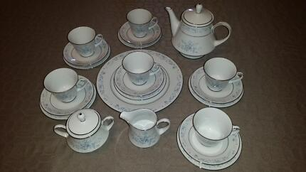 Noritake in marion area sa dinnerware gumtree australia free noritake carolyn 24 piece tea setting fandeluxe Images
