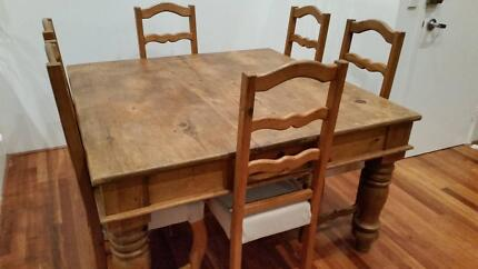 Solid Rustic Dining Room Table And 6 Chairs