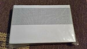 New Cisco Catalyst 2960-C 8 port network switch Chatswood Willoughby Area Preview