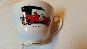 VINTAGE DUCHESS BONE CHINA LARGE GENTLEMANS CUP ENGLAND. Hoppers Crossing Wyndham Area Preview