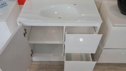 vanity cabinet with top St Agnes Tea Tree Gully Area Preview