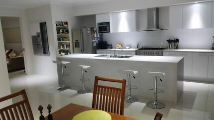 Drewvale: New Luxury hm.Unltd NBN.Big room Pvt Ensuite&Courtyard