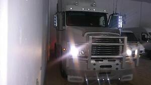 Freightliner 2007 CST120 Cummins Signature Sydney City Inner Sydney Preview