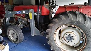 53Hp CaseIH Tractor with loader and fork lift and grader blade Gosford Gosford Area Preview